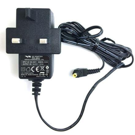 Yaesu PA-48U power supply - Input 100-240Vac, Output 12Vdc @ 500mA